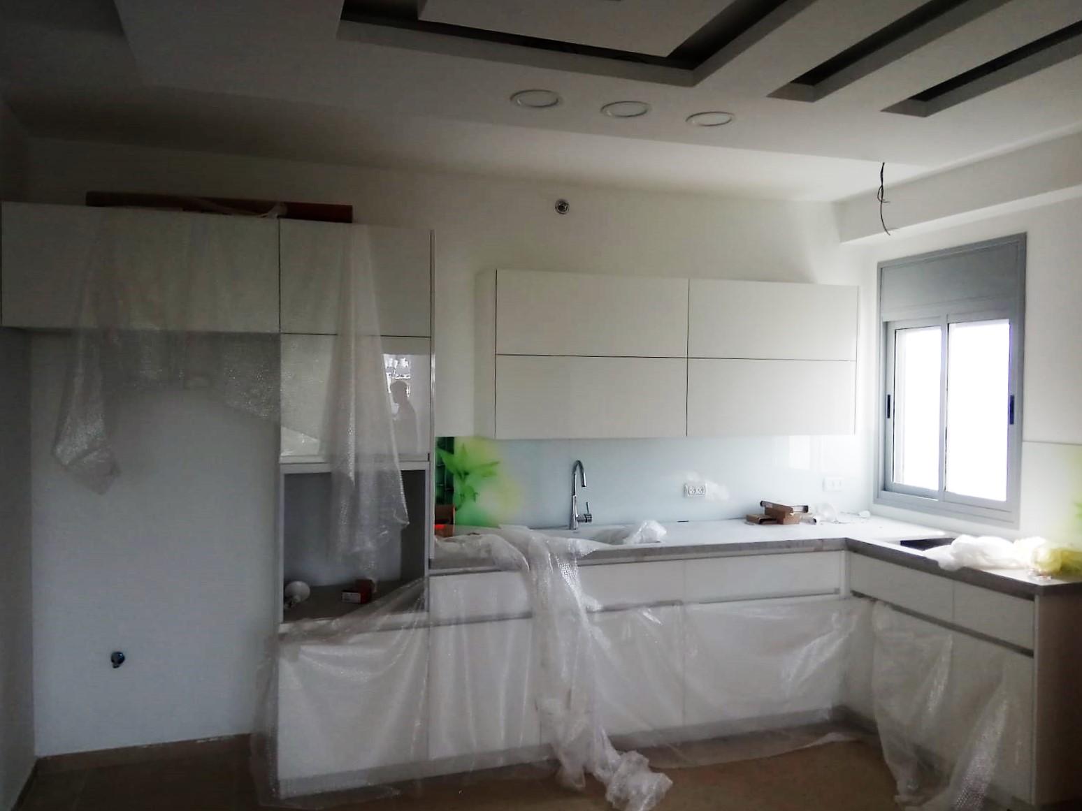 דירה למכירה 3 חדרים 1,900,000₪, בת ים