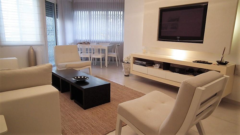 תל אביב דירה להשכרה לתקופה קצרה  3 חדרים !price$ ללילה, תל אביב