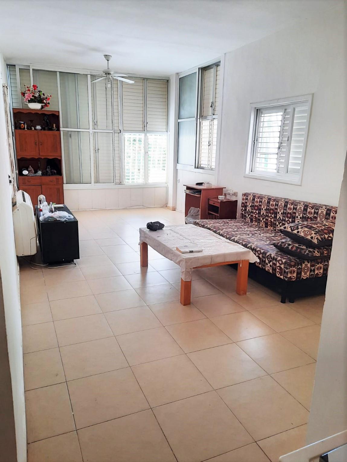 דירה למכירה 2 חדרים 1,550,000₪, בת ים