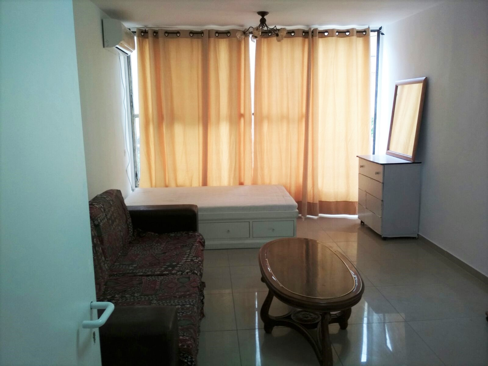 דירה למכירה 4 חדרים 1,600,000₪, בת ים