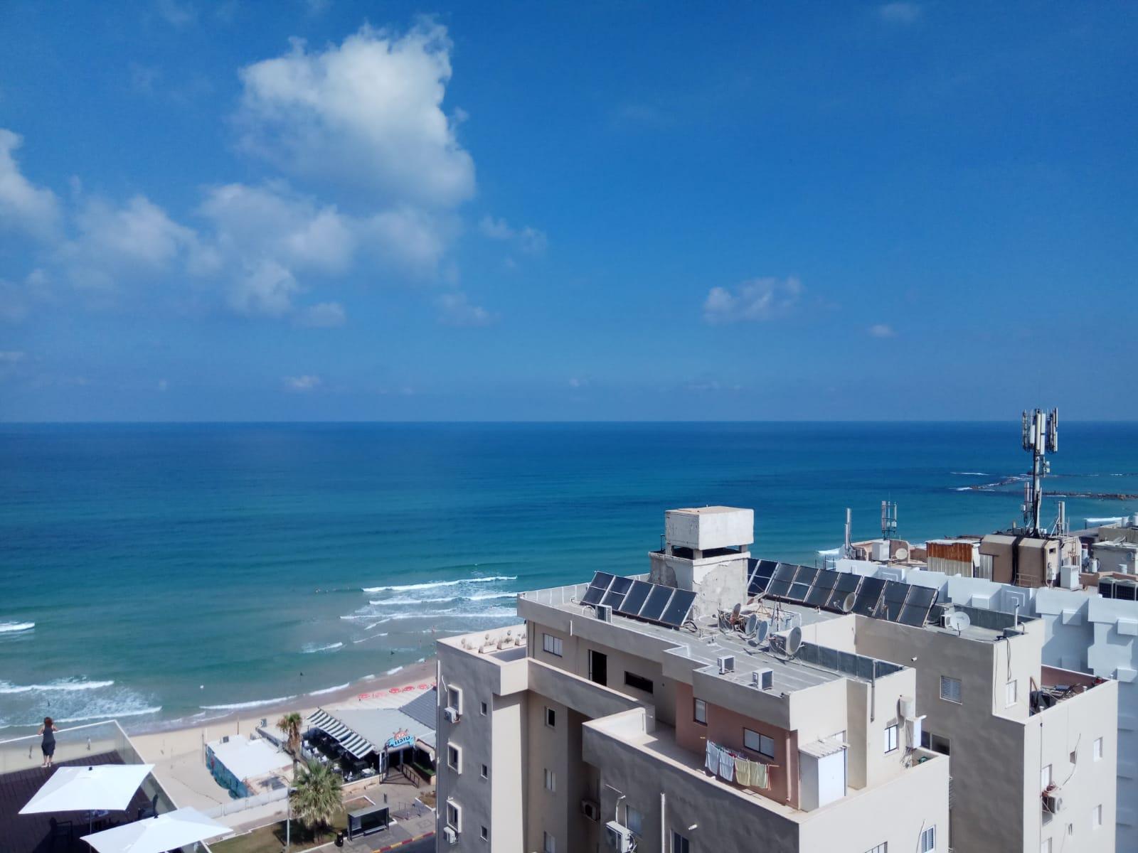 מלון לאונרדו להשכרה לתקופה קצרה  2 חדרים !price$ ללילה, בת ים