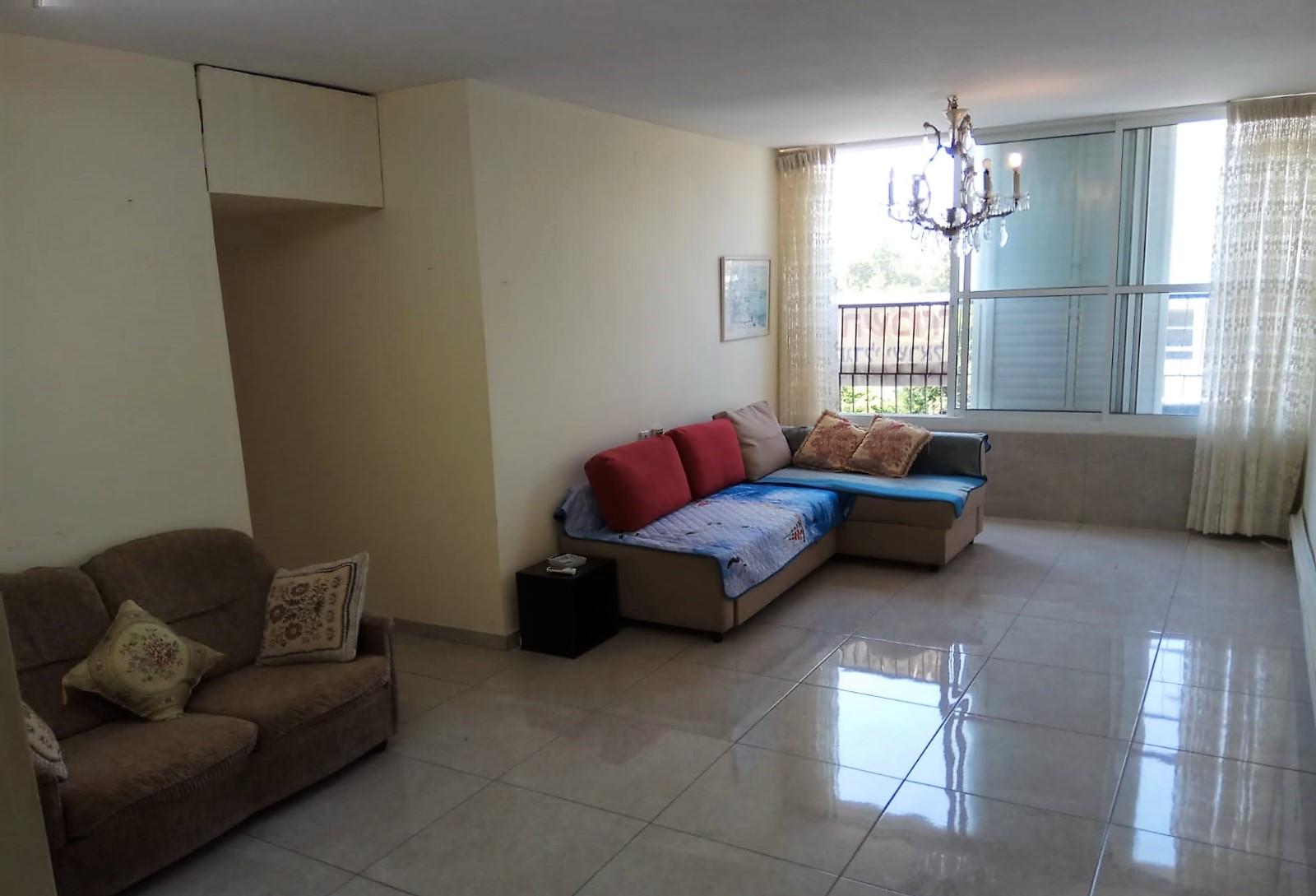 דירה להשכרה 3 חדרים 4,200₪ בחודש, חולון