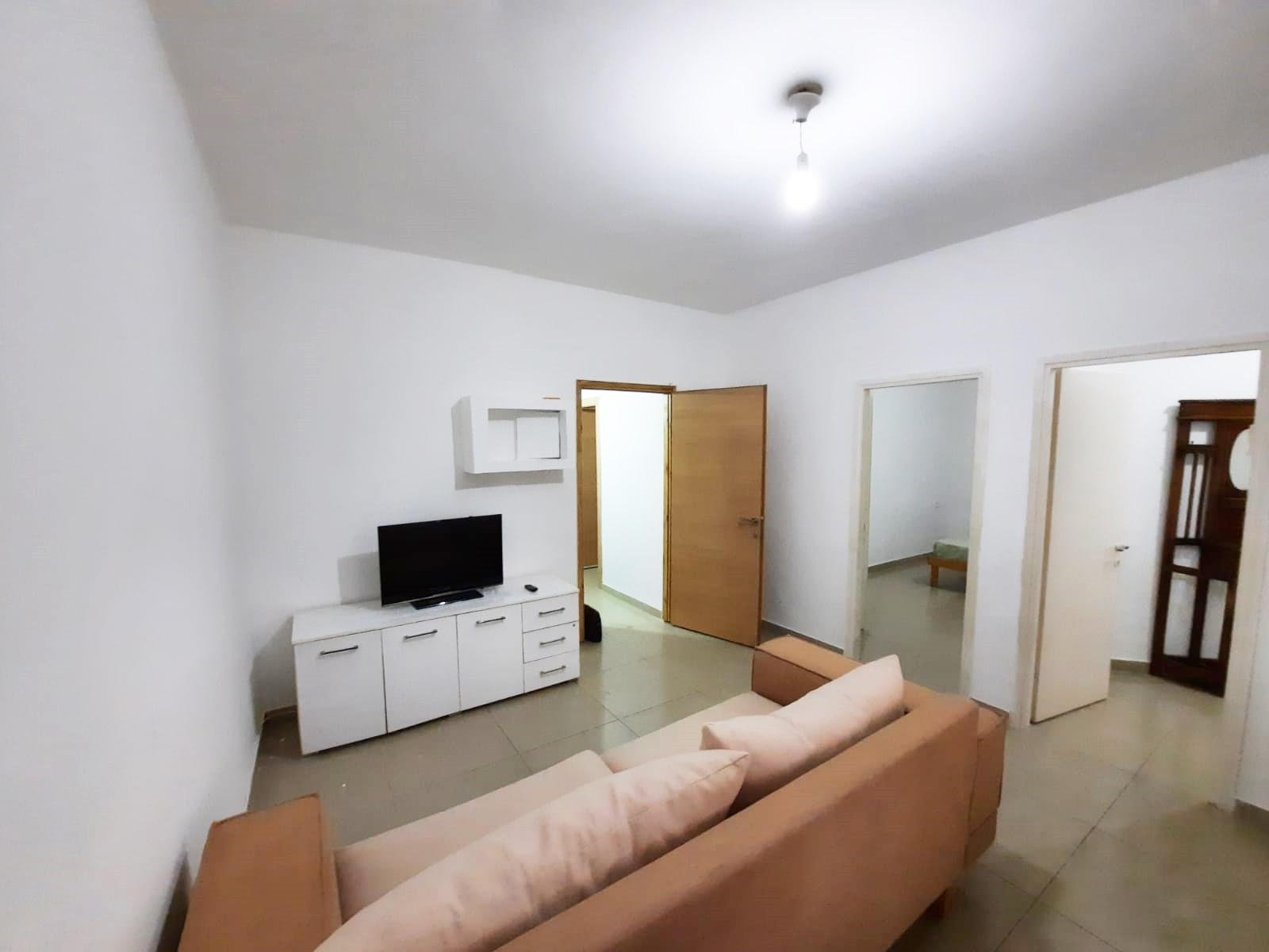 דירה להשכרה 2.5 חדרים 4,000₪ בחודש, בת ים