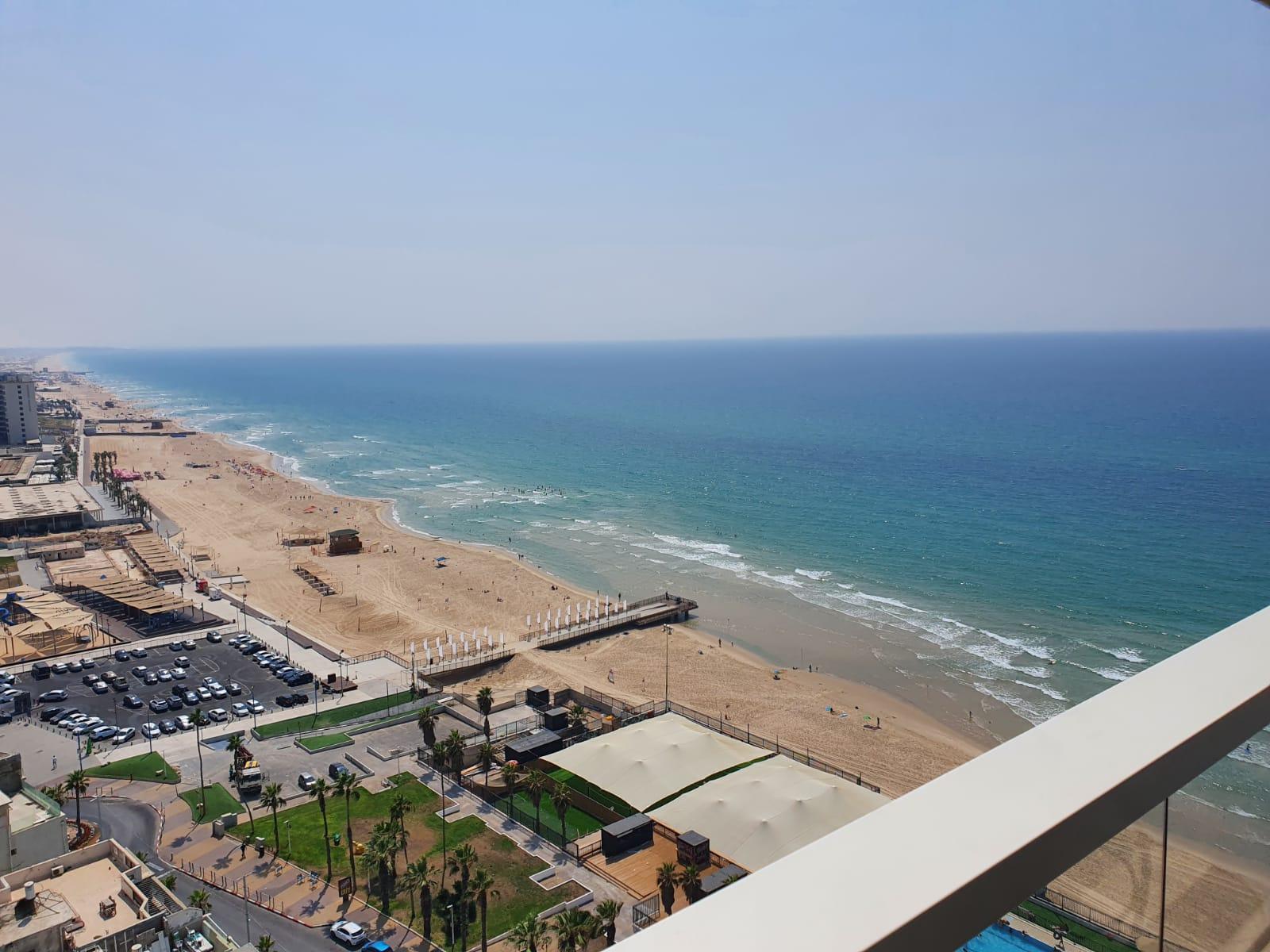 בת ים מלון לאונרדו להשכרה 2 חדרים 5,200₪ בחודש, בת ים