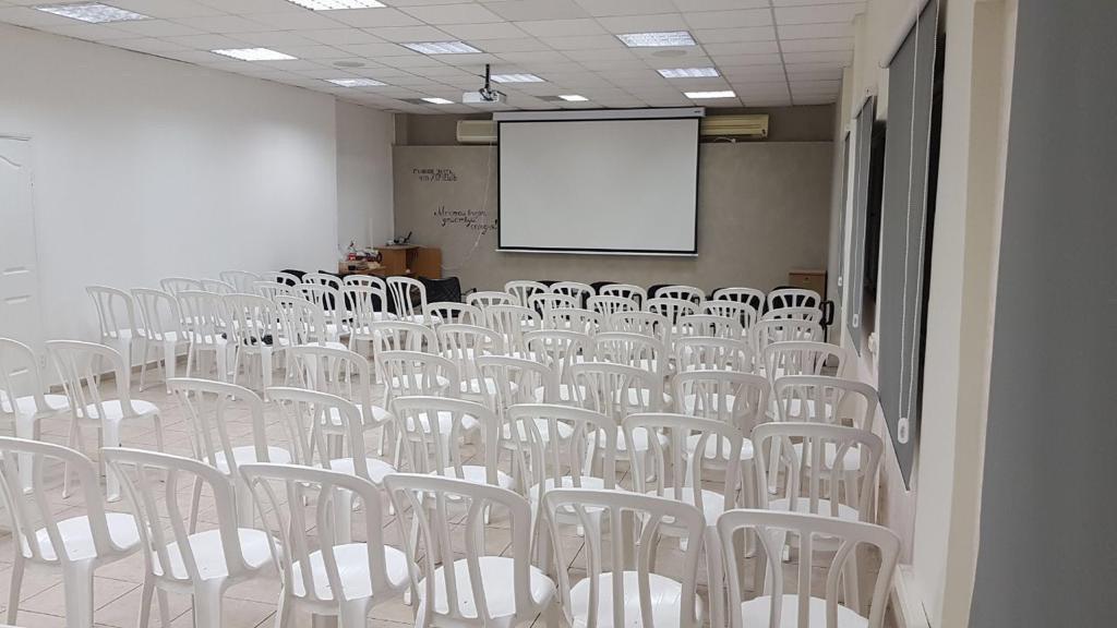 תל אביב משרד למכירה 3 חדרים 8,100₪, תל אביב