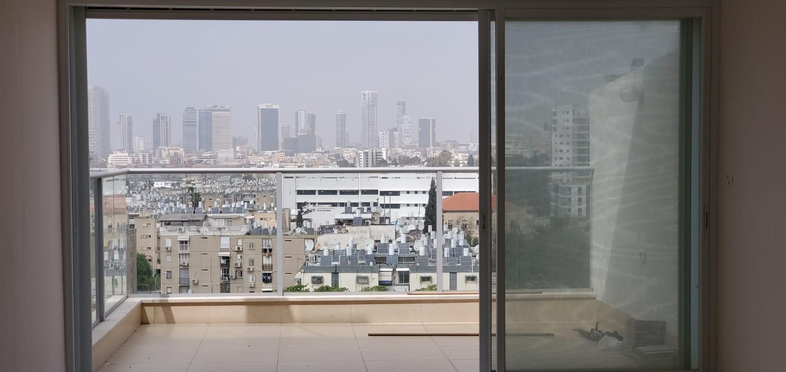 תל אביב דירה להשכרה 5 חדרים 6,000₪ בחודש, תל אביב
