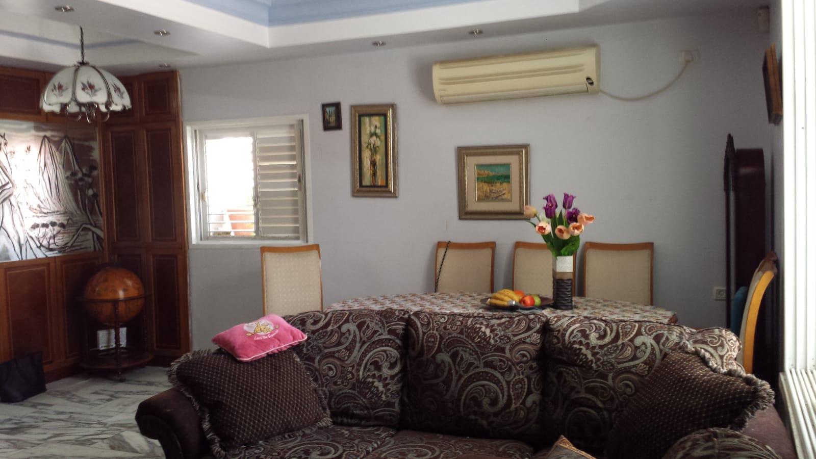 בית פרטי למכירה 7 חדרים 2,900,000₪, בת ים