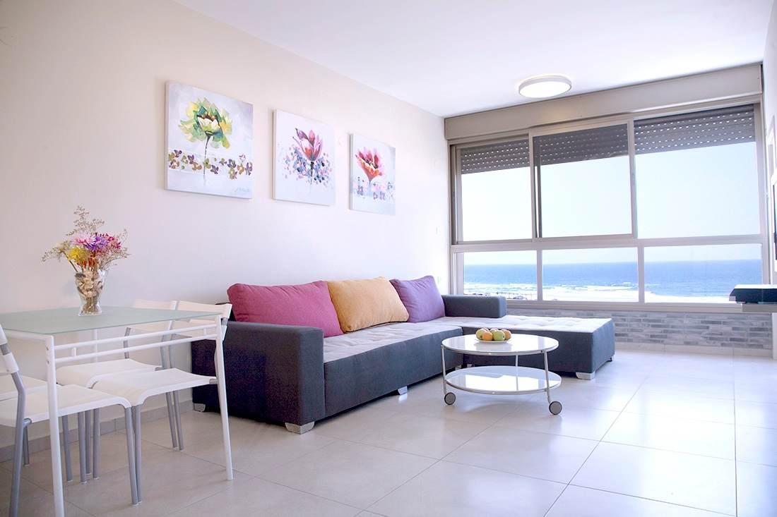 דירה להשכרה 3 חדרים 6,000₪ בחודש, בת ים