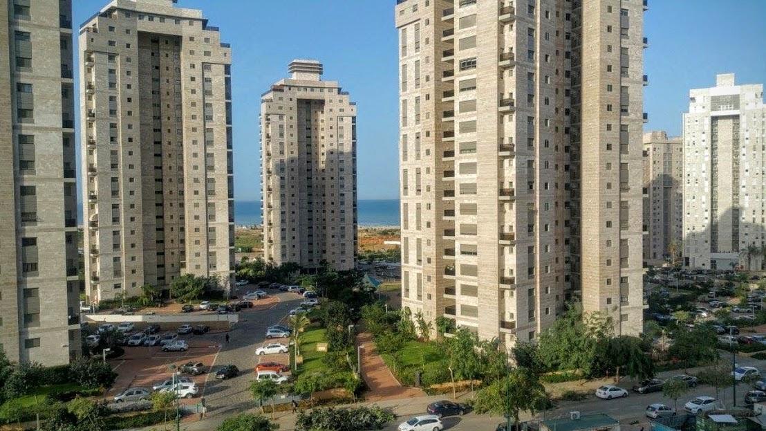 נתניה דירה למכירה 4.5 חדרים 2,380,000₪, נתניה