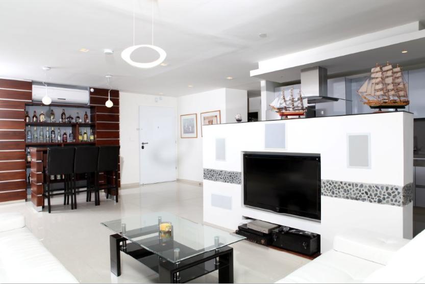 נתניה פנטהאוס למכירה 2.5 חדרים 1,900,000₪, נתניה