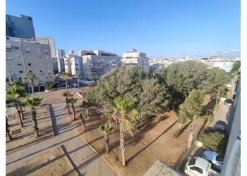 דירה למכירה 2 חדרים 1,950,000₪