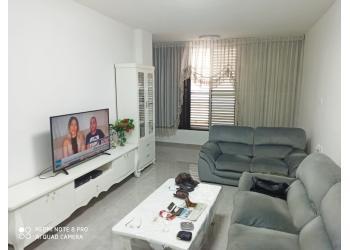דירה למכירה 3 חדרים 2,000,000₪