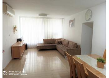 דירה למכירה 4 חדרים 1,700,000₪