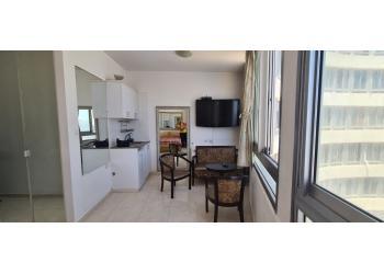 דירה להשכרה 1.5 חדרים 4,000₪ בחודש