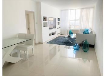 דירה למכירה 4 חדרים 1,900,000₪