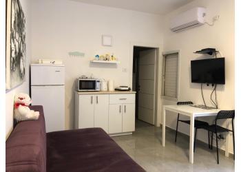 דירת סטודיו להשכרה 1 חדר 3,200₪ בחודש