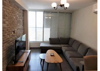 דירה להשכרה 2.5 חדרים 4,000₪ בחודש