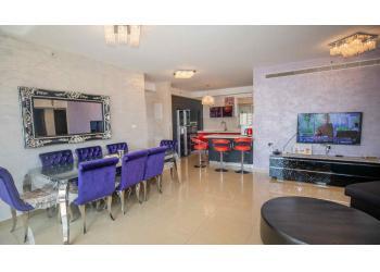 דירה להשכרה 5 חדרים 12,000₪ בחודש