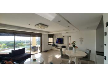 דירה למכירה 4.5 חדרים 2,890,000₪