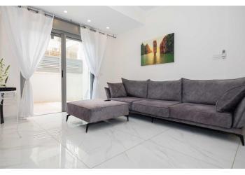 Краткосрочная аренда: Квартира с участком 4 комн. !price$ в сутки