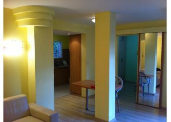 דירת גן להשכרה 2 חדרים 3,300₪ בחודש